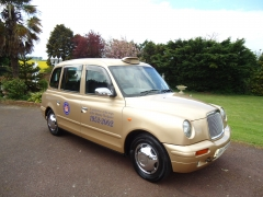 taxi golden jubilee 9750